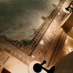 Plafond de la piscine hôtel Ritz